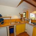 Die Küchenzeile im Apartment B