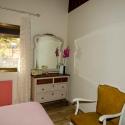Das zweite Schlafzimmer mit Schminkspiegel