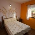 Dormitorio con camadoble
